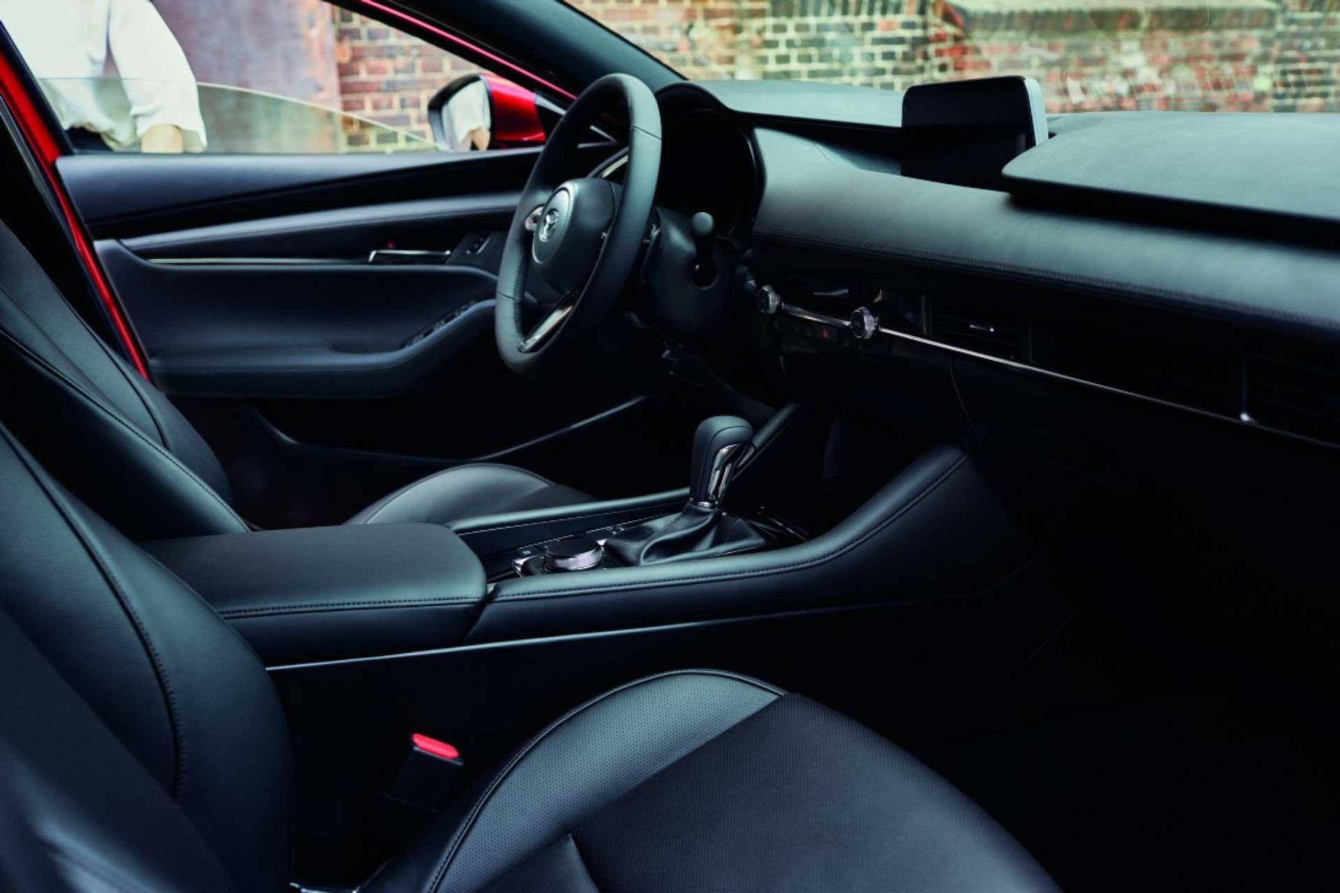 Mazda Ecuador - Nuevo Mazda 3